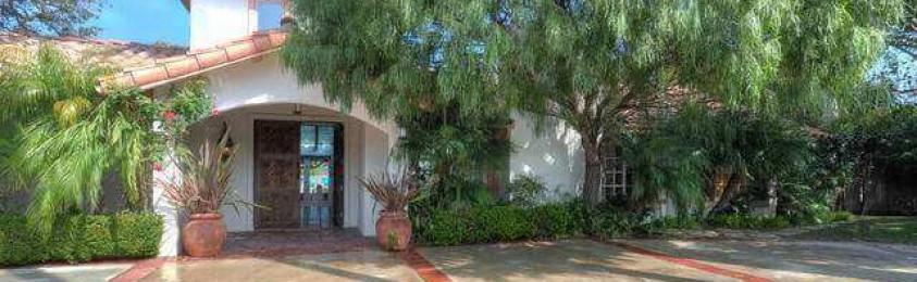 Actor Sean Penn Lists 1.42-Acre Malibu Beach Estate for $6.55 Million